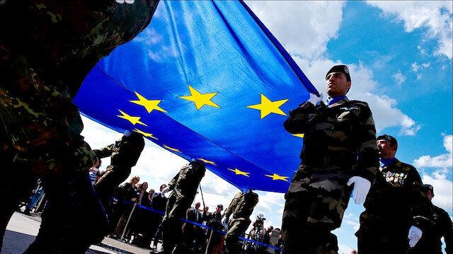 ABD: Avrupa ordusu NATO'nun bir parçası olarak kurulsun