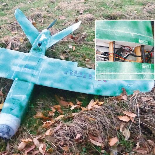 PKK model uçakta ısrarcı