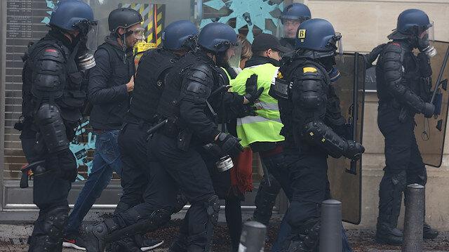 Fransa savaş alanı: Zam protestoları sürüyor