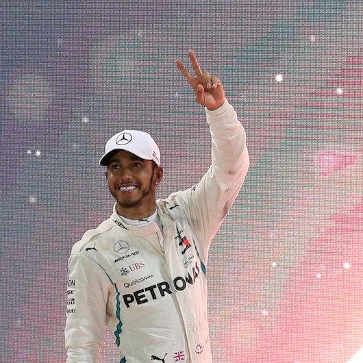 Formula 1: Hamilton wins Abu Dhabi Grand Prix
