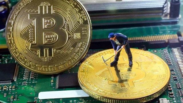 Bazı yatırımcılar yıl sonunda Bitcoin'in 15-20 bin dolar aralığına çıkacağını söylemişti.