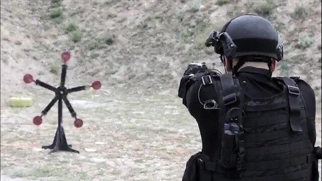 Jandarmadan muhteşem atış videosu: Attık, vurduk, övündük!