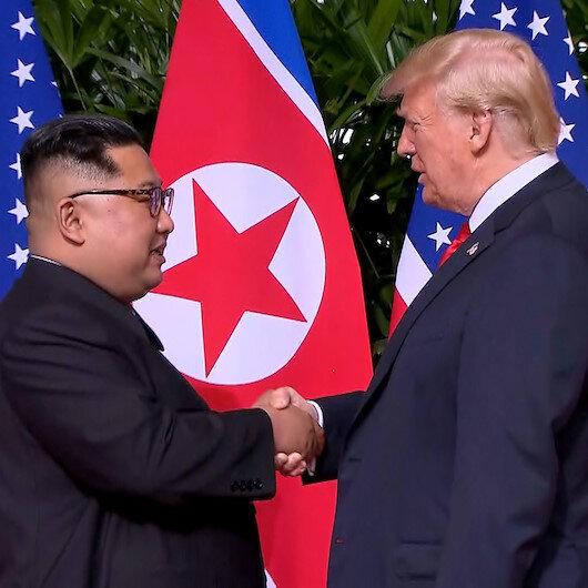 'I want world peace': Trump-Kim handshake inspires striking Singapore dress