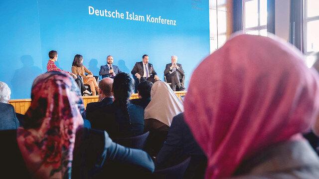 İslamsız 'İslam' konferansı