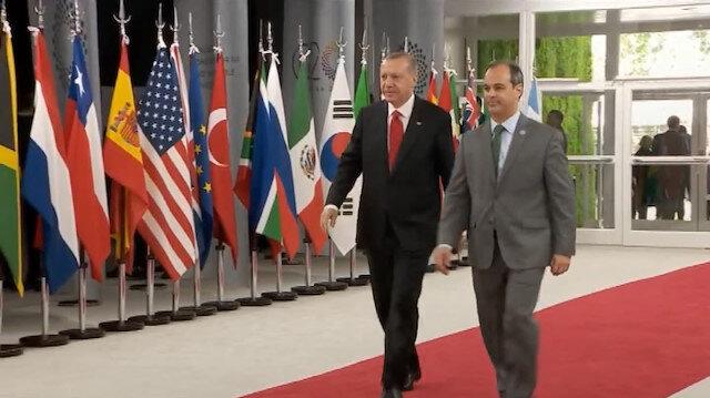 Erdoğan G20 Liderler Zirvesi'nin yapılacağı binaya geldi