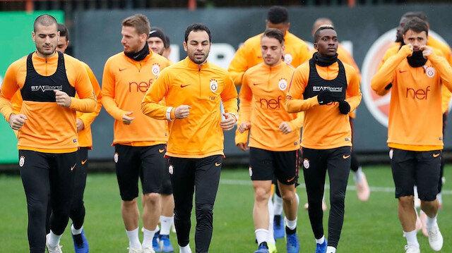 Galatasaray'dan derbi öncesi stadyum antrenmanı