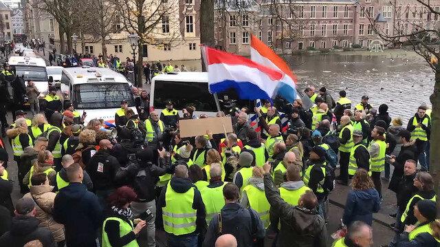 Sarı yeleklilerin protestosu Hollanda'ya sıçradı