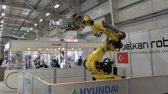 Japon devi Mehter Marşıyla dans eden robot üretti