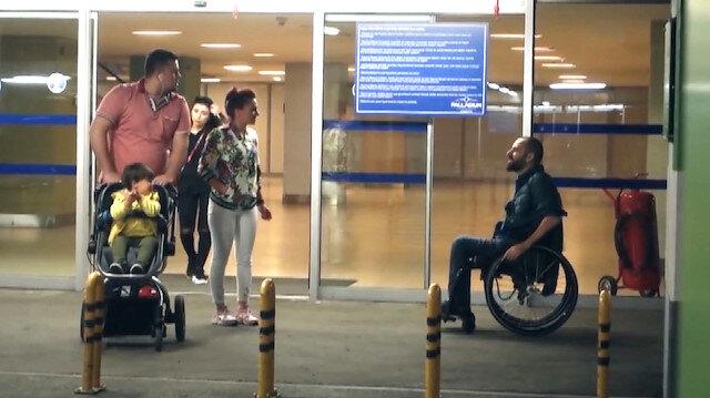 Sinirlerinize hakim olamayacaksınız: Yardım isteyen engelliyi böyle geri çevirdi