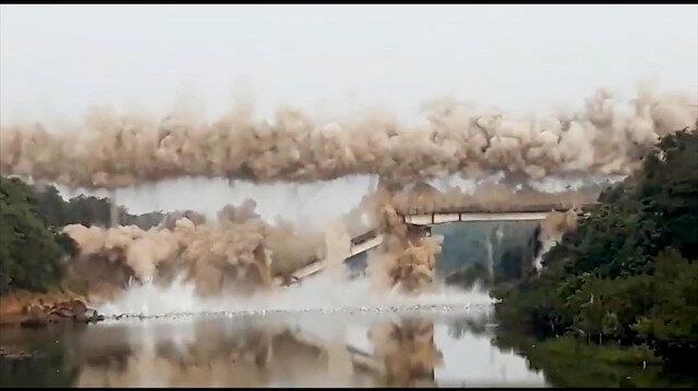 Kullanılmayan köprü havaya uçuruldu