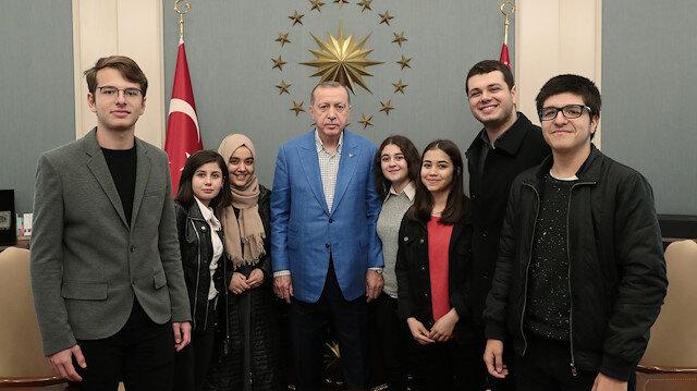 Erdoğanın Külliyede ağırladığı gençler o anları anlattı