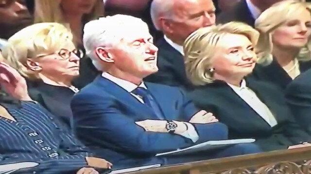 Bill Clinton ve Joe Biden Bush'un cenazesinde uyudu