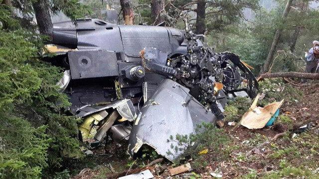 Giresun'da düşen askeri helikopterde 7 asker şehit olmuş, enkazın parçaları geniş bir alana yayılmıştı.