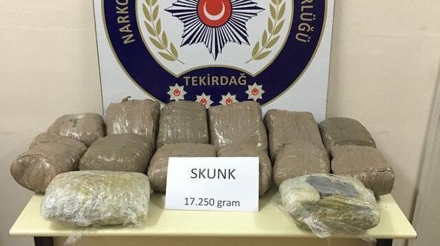 Durdurulan araçta 17 kilogram uyuşturucu maddesi ele geçirildi
