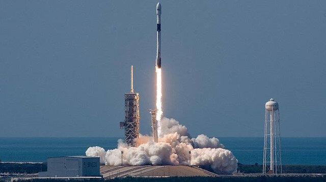 İki uydu Çin'deki Jiuquan Fırlatma Merkezi'nden uzaya gönderildi.