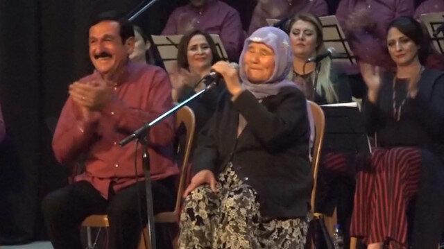 85 yaşındaki Şanlıurfalı nine yanık sesiyle dinleyenleri mest etti