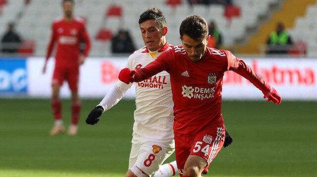 Demir Grup Sivasspor Göztepe maçı canlı skor.