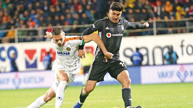 Beşiktaş, Alanyaspor deplasmanında 1 puana razı oldu.
