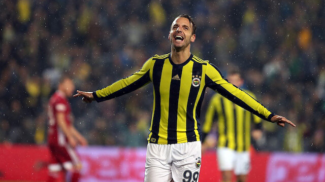 Soldado Fenerbahçe formasıyla çıktığı 42 maçta 12 gol atarken 6 da asist kaydetti.