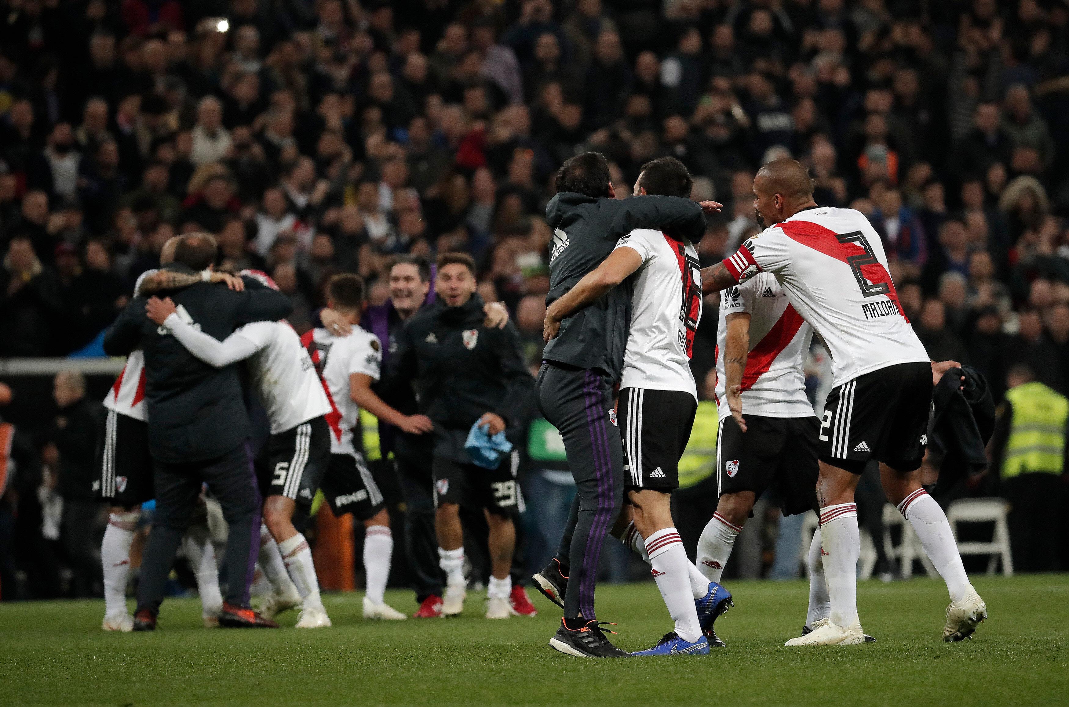 River Plate'li oyuncuların zafer sevinci.