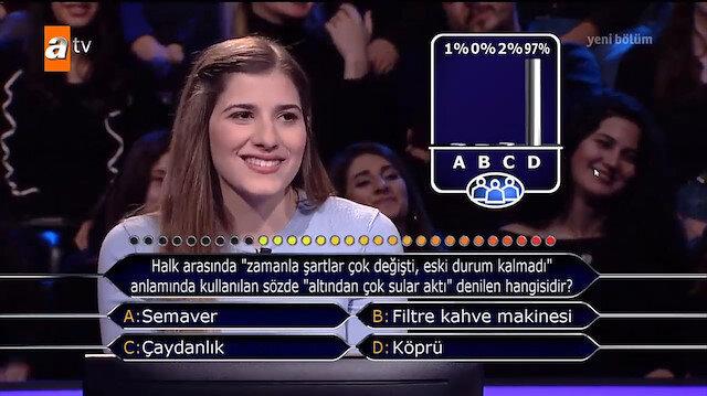 Boğaziçili yarışmacı joker hakkı kullandığı soruyla şaşırttı