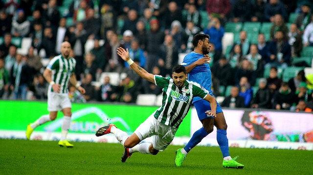 Bursaspor yenildiği maçlarda iki gol yiyor