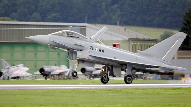Austria delays decision on whether to scrap Eurofighter jets