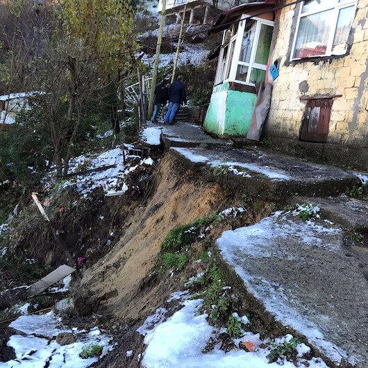 Heyelandan 11 ev boşaltıldı