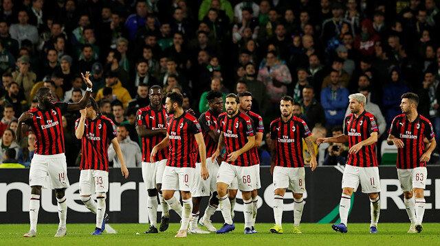 UEFA'dan Milan'a yüklü para cezası