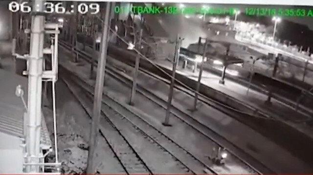Tren kazasının çarpışma anı görüntüleri ortaya çıktı