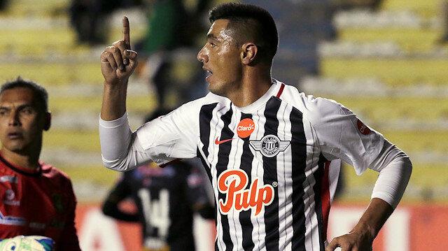 Oscar Cardozo 35 yaşında gol kralı oldu