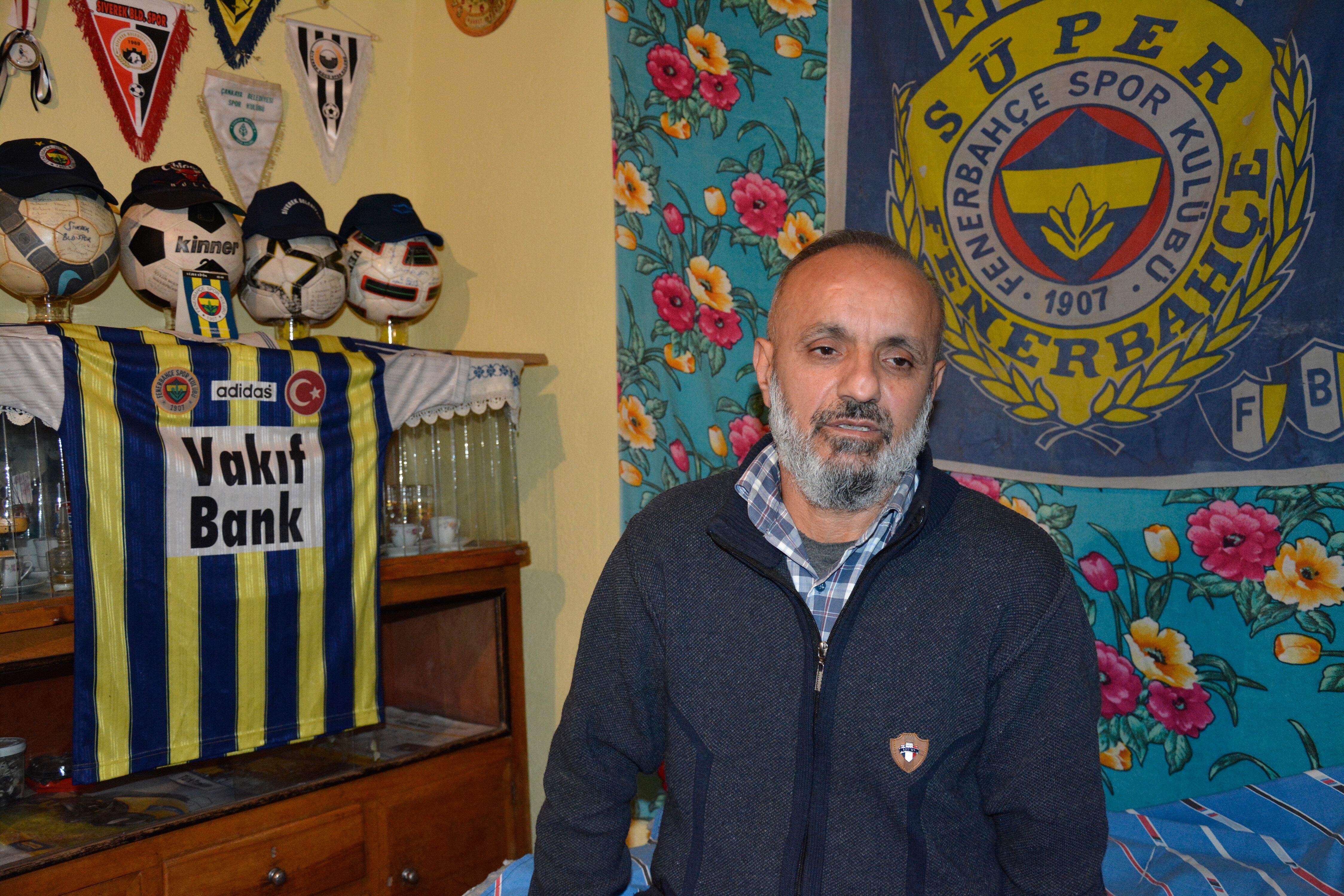Mahmut Durmuş'un spora olan tutkusu evinin her köşesinde hissediliyor.