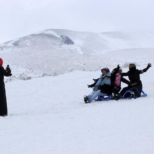 Zigana dağında kar kalınlığı 80 santimetreye ulaştı