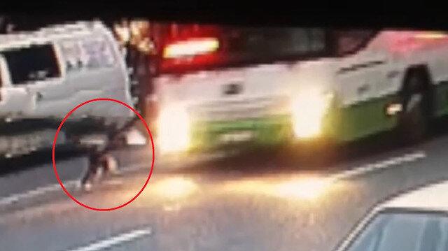 Karşıya geçmeye çalışan 3 yaşındaki çocuğa otobüs çarptı