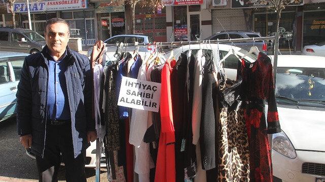 'Askıda Kıyafet'le ihtiyaç sahiplerini sevindiriyor
