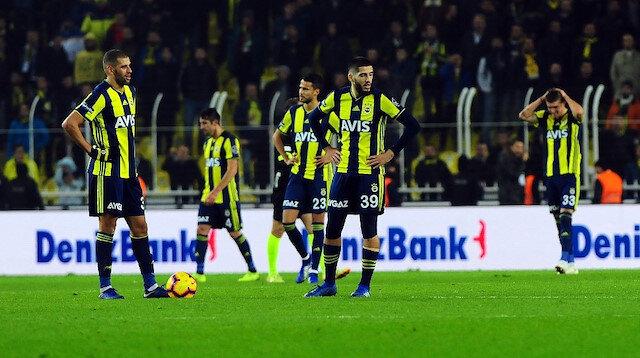 Fenerbahçe taraftarı Benzia'yı sildi