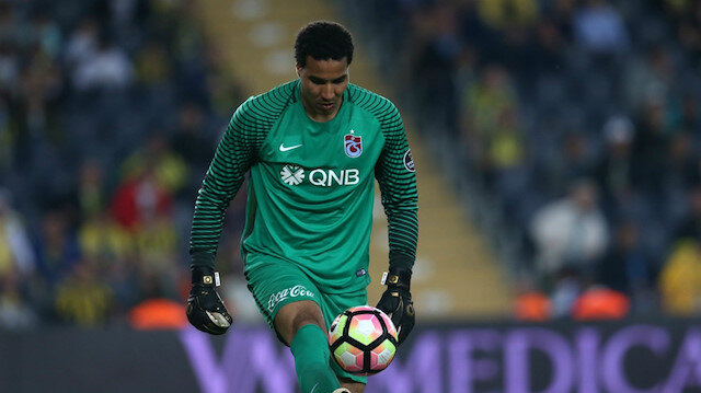 Esteban Alvarado Trabzonspor'dan ayrıldı
