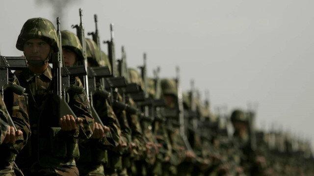 Hulusi Akar'dan askerlik süresi açıklaması