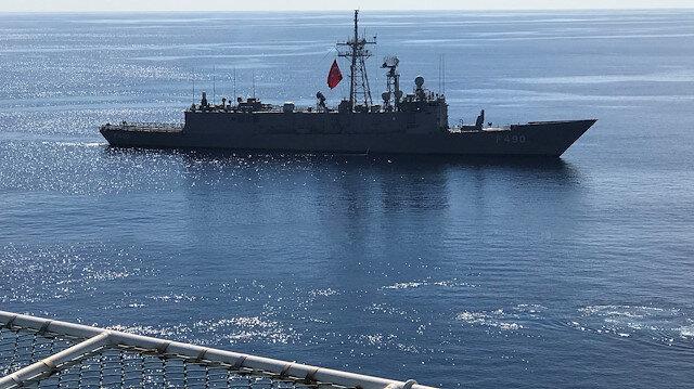 Turkish Navy frigate Gaziantep escorts drilling vessel Fatih off the Mediterranean r