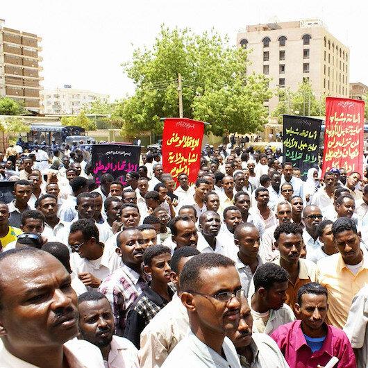 Sudan ordusundan 'darbe' iddialarına yanıt