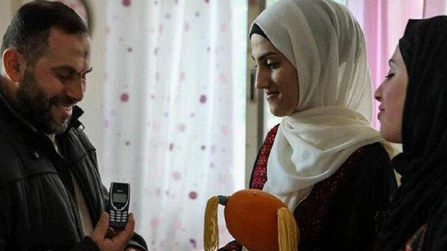 Filistinli mahkumdan eşine 18 yıl gecikmeli hediye