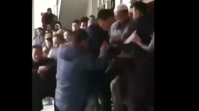 Çin 3 camiyi yıkmaya çalıştı Müslümanlar engel oldu