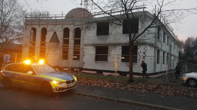 Almanya'da camiye İslamofobik saldırı