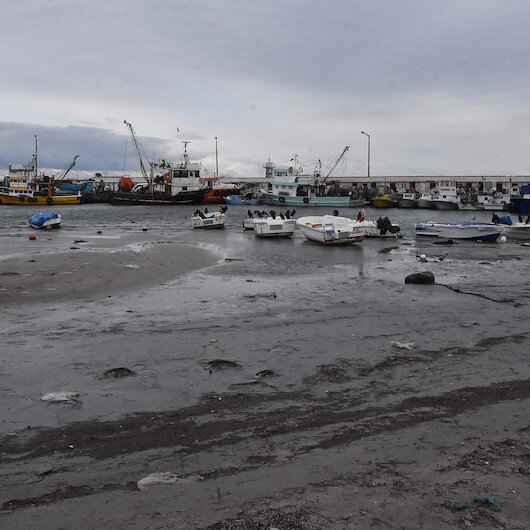 Bölgede deniz 20 metre çekildi: Vatandaşlar sebebini merak ediyor