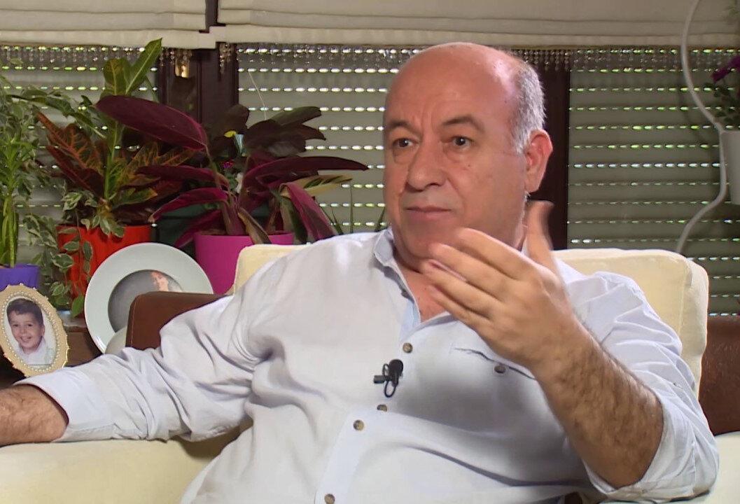 Sinema sektörünün emekçilerinden, yapımcı ve yönetmen Nazif Tunç'un 'dağıtım' krizi hakkında görüşlerini belirtti.