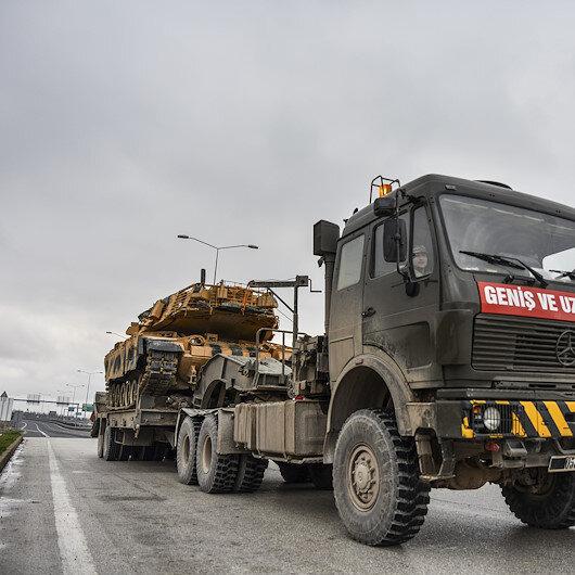Tank ve obüsler Suriye sınırında