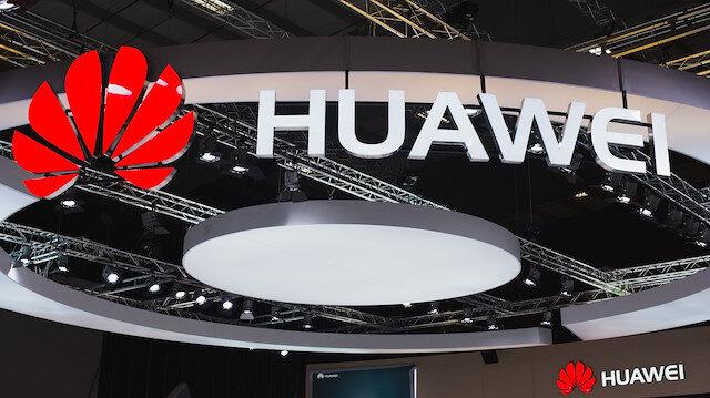Huawei yeni yıl kutlaması için iPhone'la tweetledi