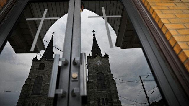 Kilisede cinsel istismarda bulunmakla suçlanan 500'den fazla rahibin var.