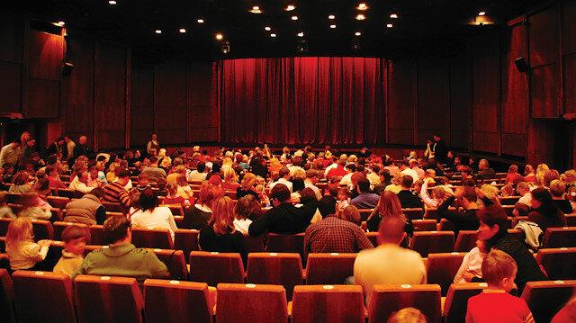 Bazı yapımcılar bilet fiyatlarında hakları verilmediği gerekçesiyle filmlerini geri çekiyor.