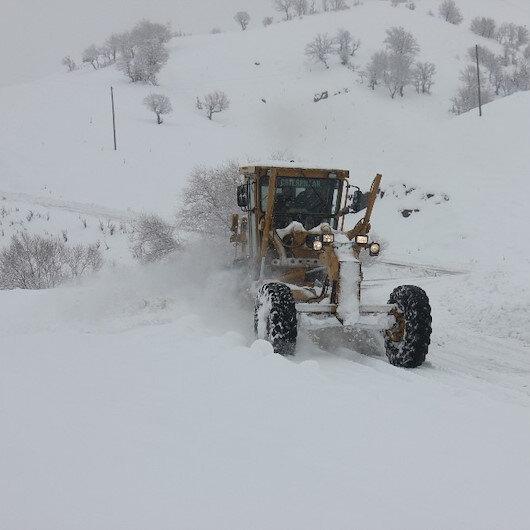 Bingöl'de yollar tipi nedeniyle kapandı
